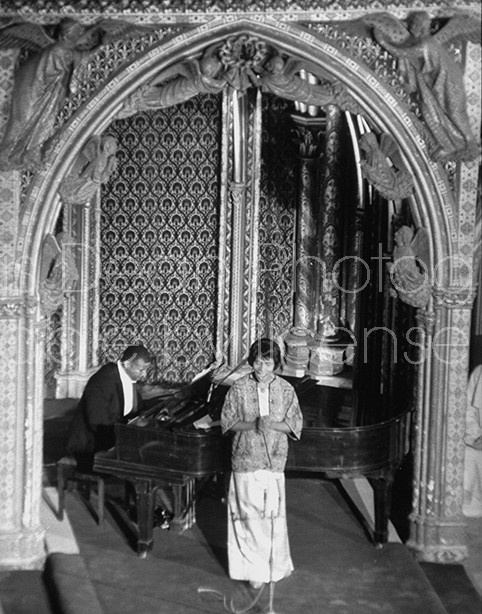 Singer Marian Anderson singing African American spirituals at St. Chapelle.