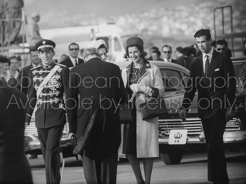 Dowager Duchess Kent (C) with Prince Constantine of Greece (L), Princess Alexandra (2R) and Prince Michael (R), arriving for wedding of Juan Carlos and Sophia.
