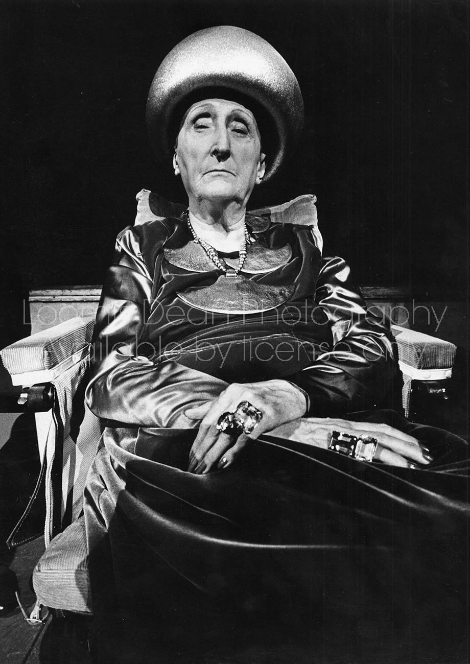 POET AND CRITIC DAME EDITH SITWELL 2 S