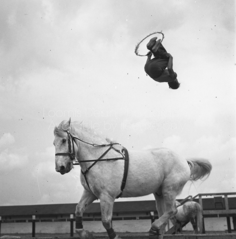 RINGLING CIRCUS HORSE TRICKS JUSTINE LOYAL/REPENSKY FAMILY 097
