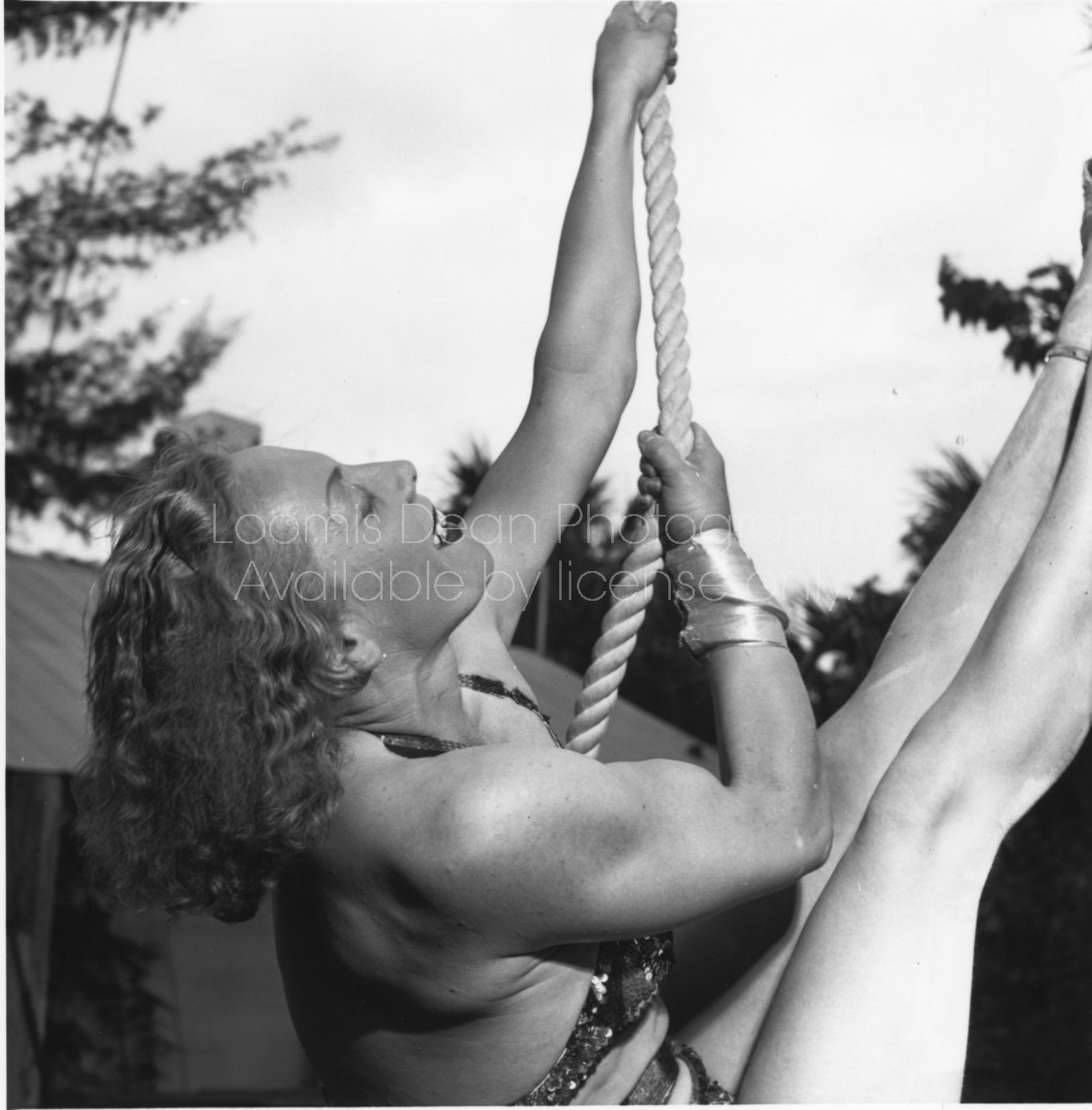 RINGLING CIRCUS LALAGE TRAPEZE PRACTICE 169