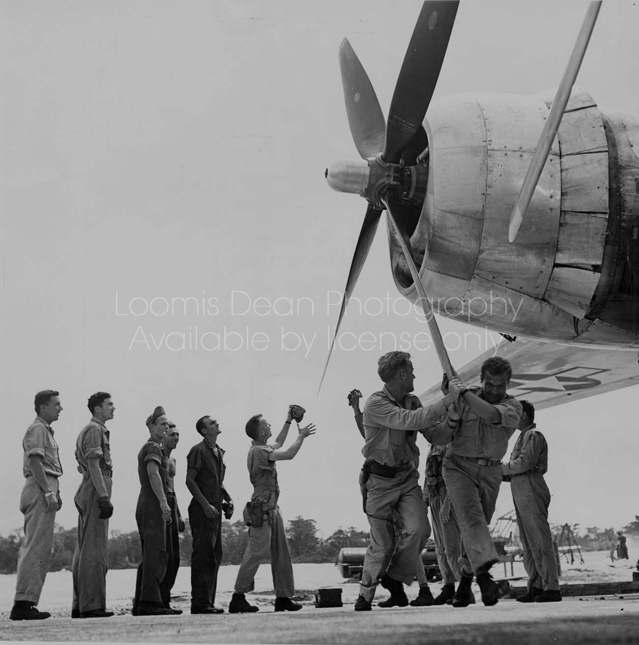 U.S. AIR FORCE CREW STARTING B29 ENGINE 160