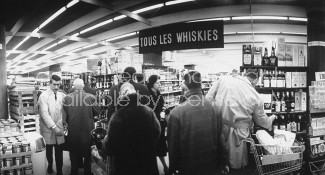 "Whiskey counter at ""Inoo-France"" supermarket."