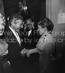 ACTOR JACK BENNY, LIBERACE AND HELEN HAYES 498